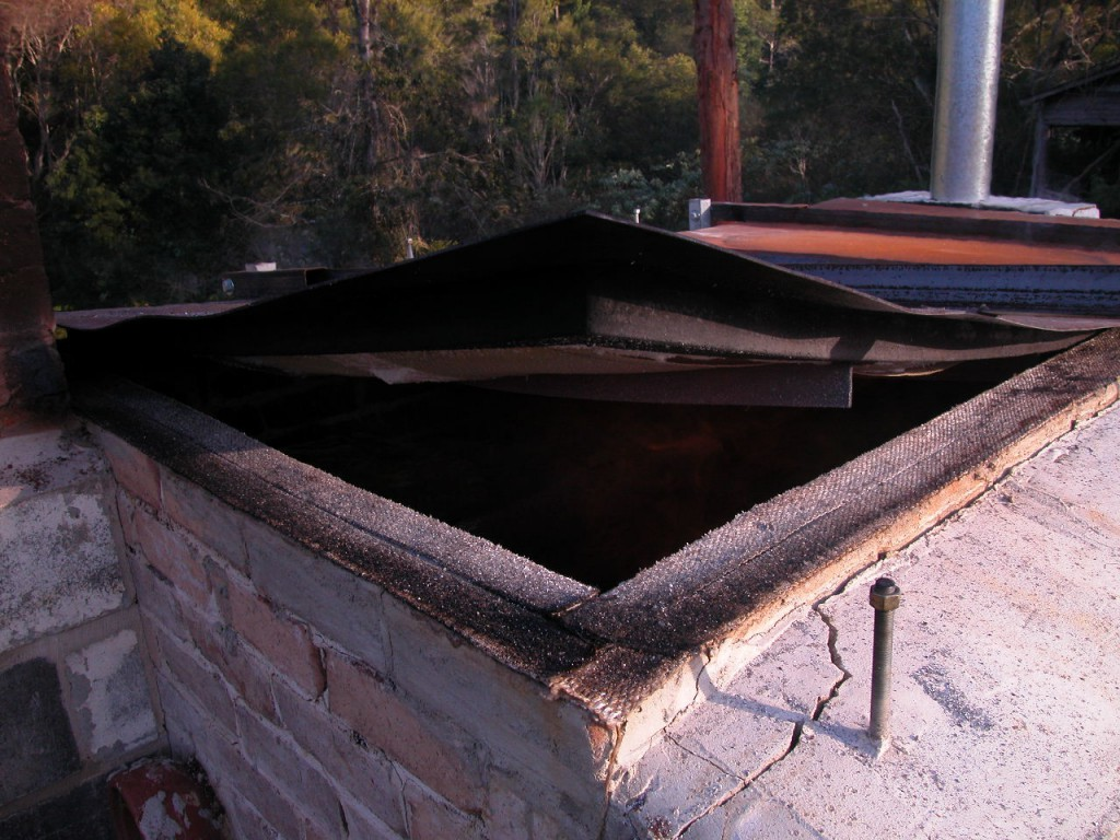 picture of a really bent kiln lid